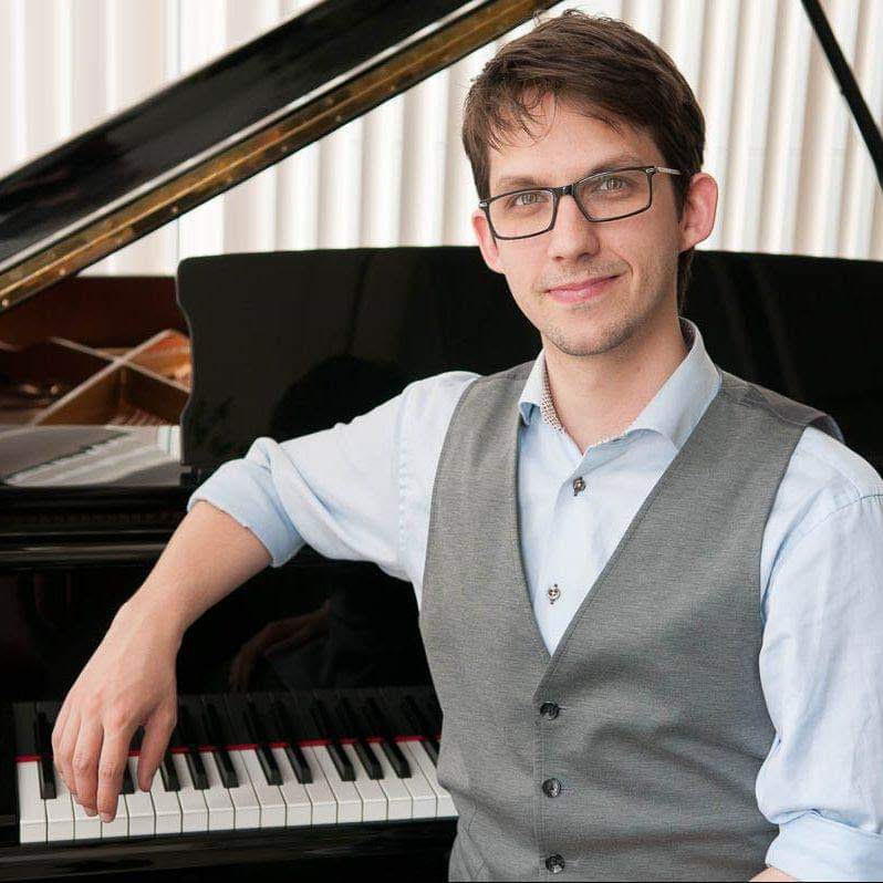 Simon Danell spelar Beethovens sonat i D-moll Op. 31/2