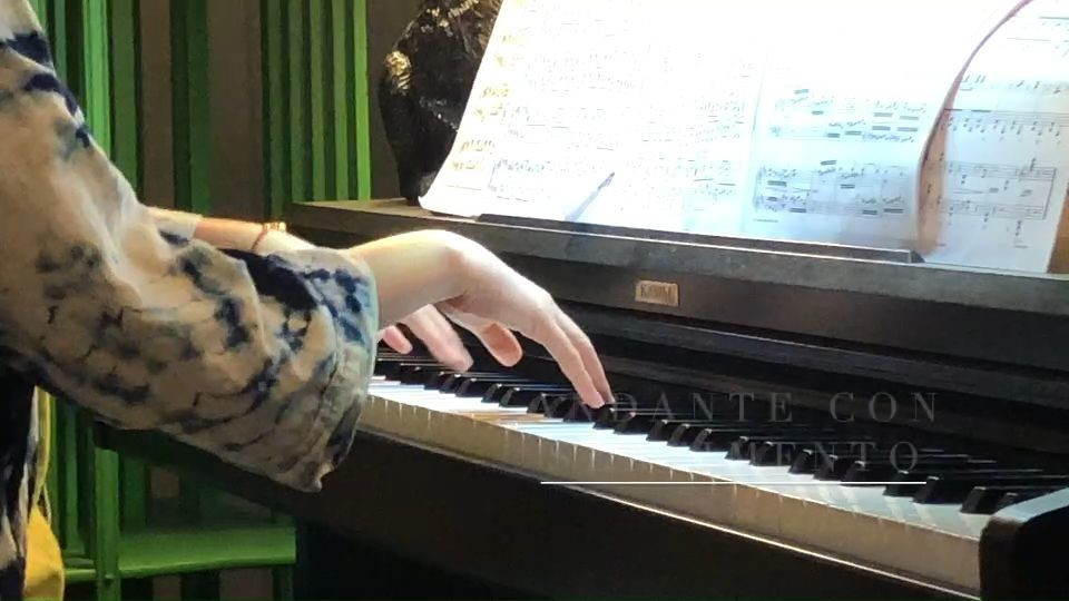 Lilly Ekeroth spelar Clara Schumann (piano)